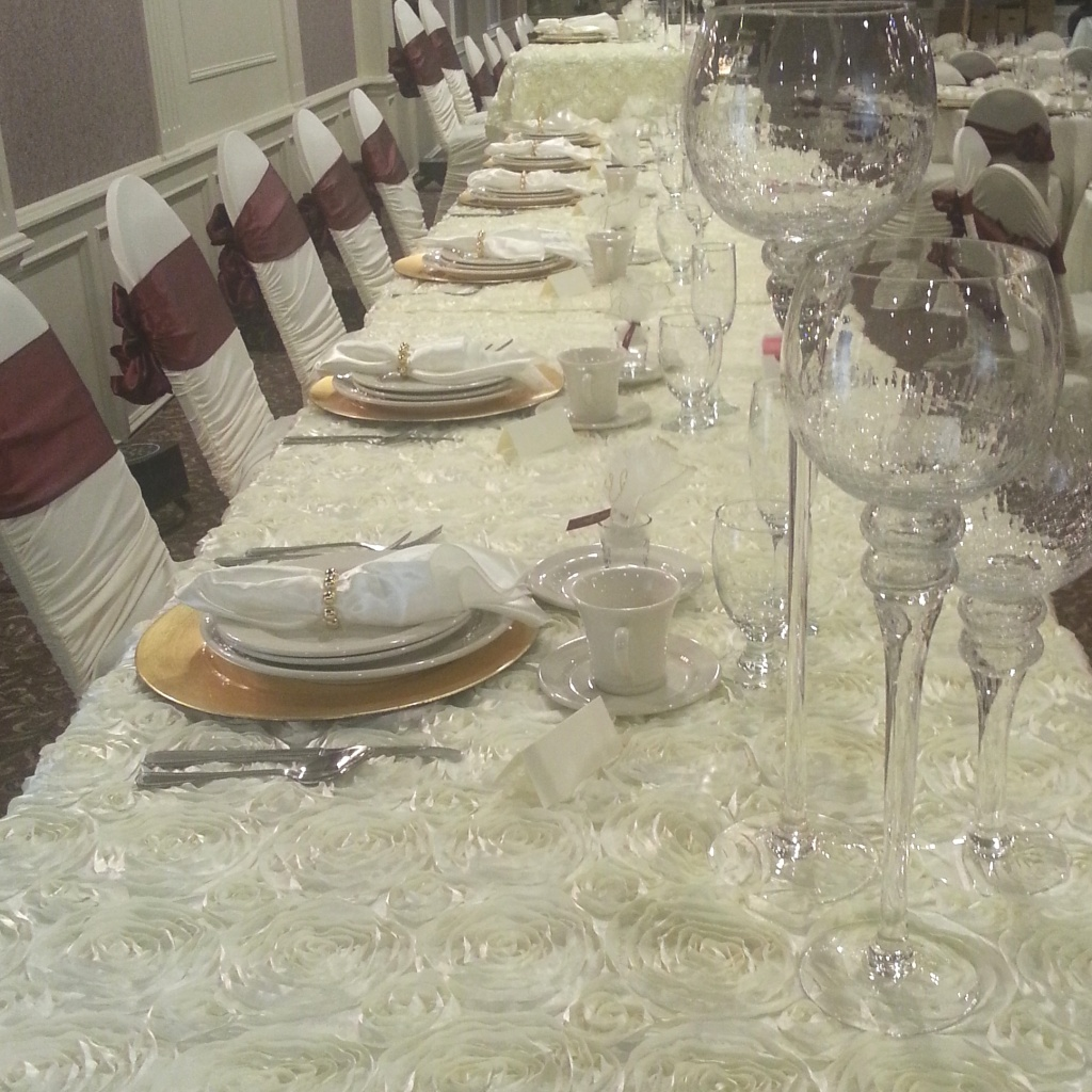 Tremendous Couture Linens Events Chair Covers And Linens In Evergreenethics Interior Chair Design Evergreenethicsorg